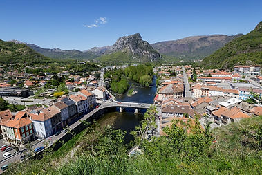 Tarascon-sur-Ariège.jpeg