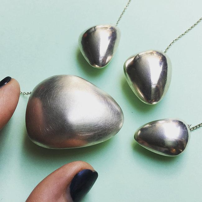 hollow silver pendant necklace