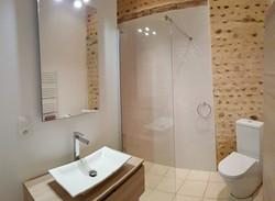 Madiran - Roman Shower