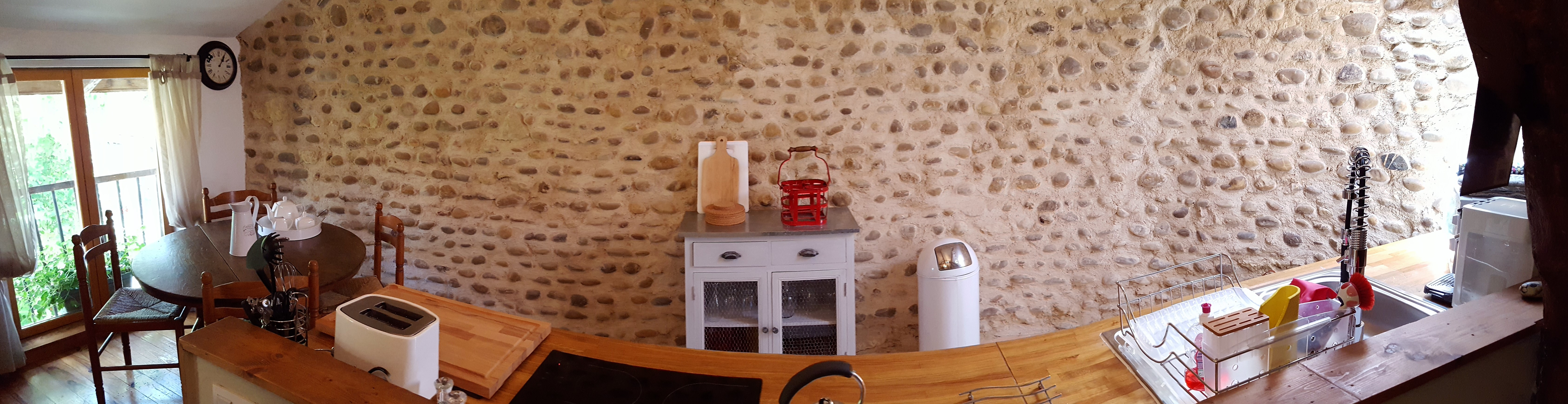 Saint Mont Kitchen