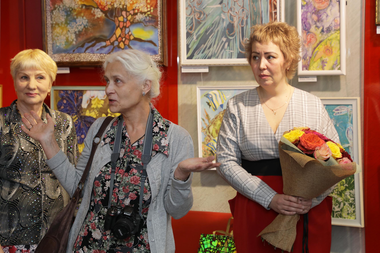 Художники Заграбова Ж.А. и Зуева Е.В.