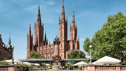 Kirche Wiesbaden.png