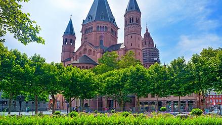 Kirche Mainz.png