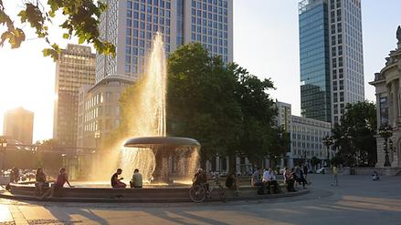 Frankfurt Brunnen.png
