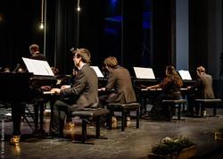 Bach 4 pianos