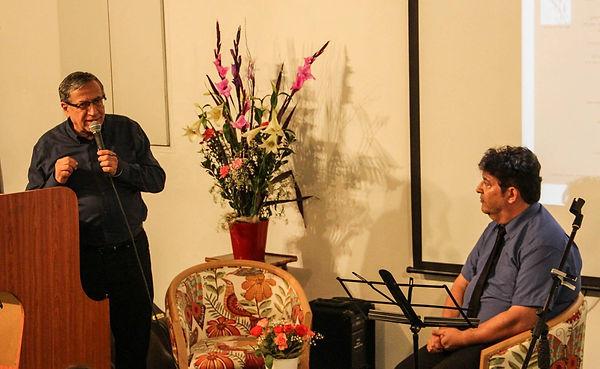 ראש עיריית רמת-גן ישראל זינגר נושא דברים בהשקת כתב-העת המסדרון | אתר חדרים