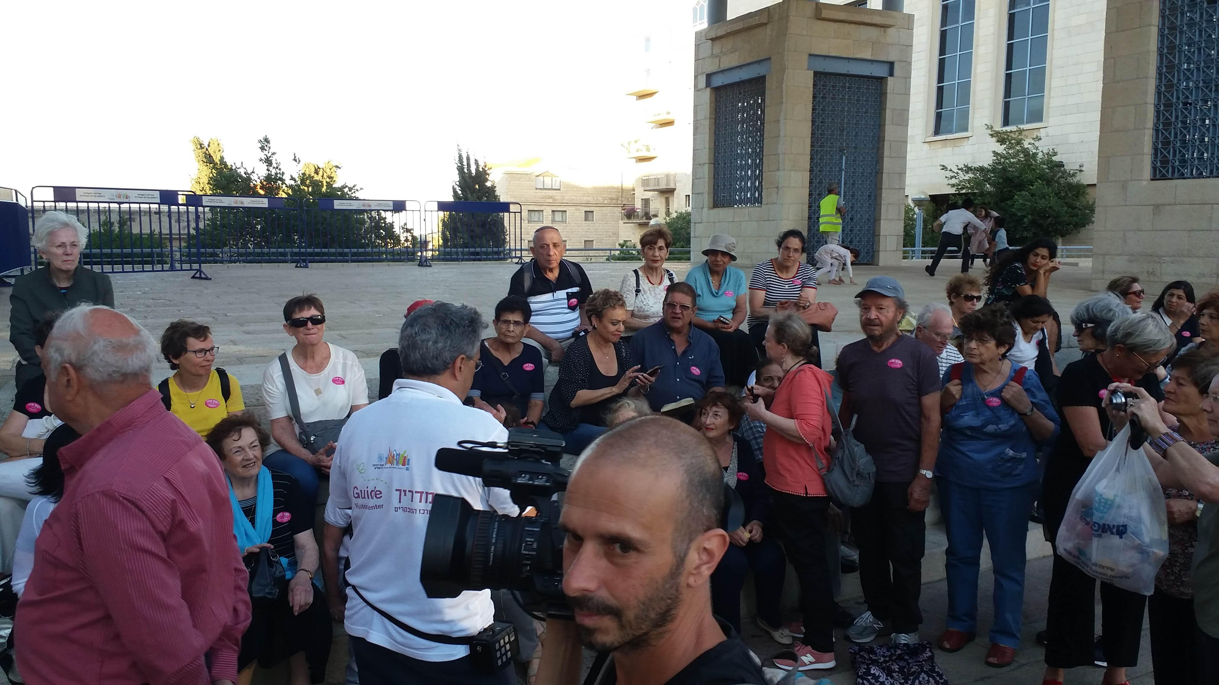 משוררים לך ירושלים - שירה בכיכר