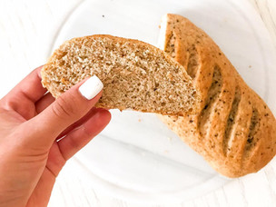 Pan de ajo y albahaca