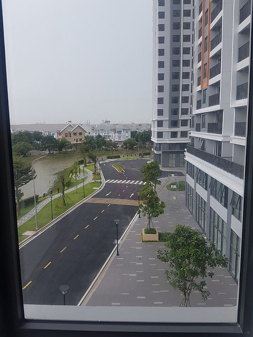 Cho thuê căn hộ 2PN, 2WC chung cư Safira Khang Điền, tầng thấp, view sông