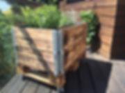 kleines Kräuter Hochbeet für die Dachterrasse
