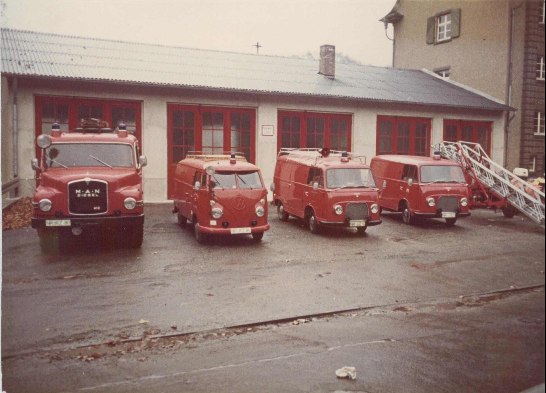 Gerätehaus und Fahrzeuge 1979
