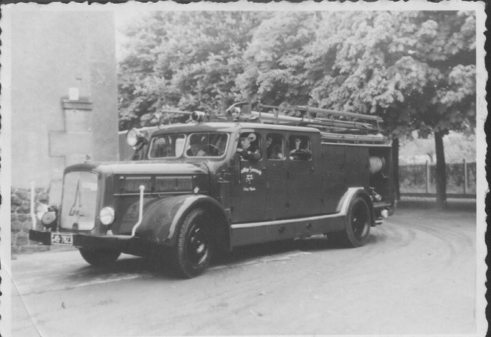 1. Löschfahrzeug LF 25 / 1945-1960