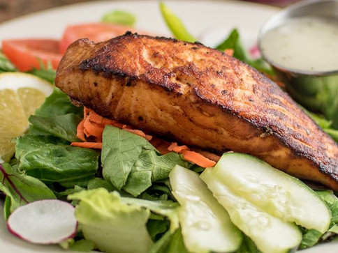 Salmon Garden Salad