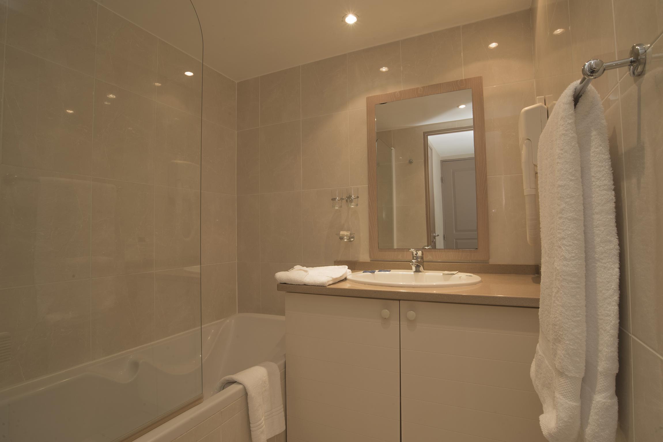 excel suites hotel DSC_3194 ok web