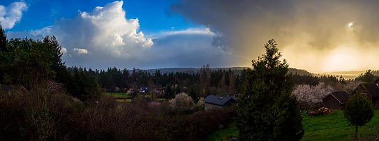Blakely near Islandwood on Bainbridge Island. Panoramic photography by Richard Malzahn