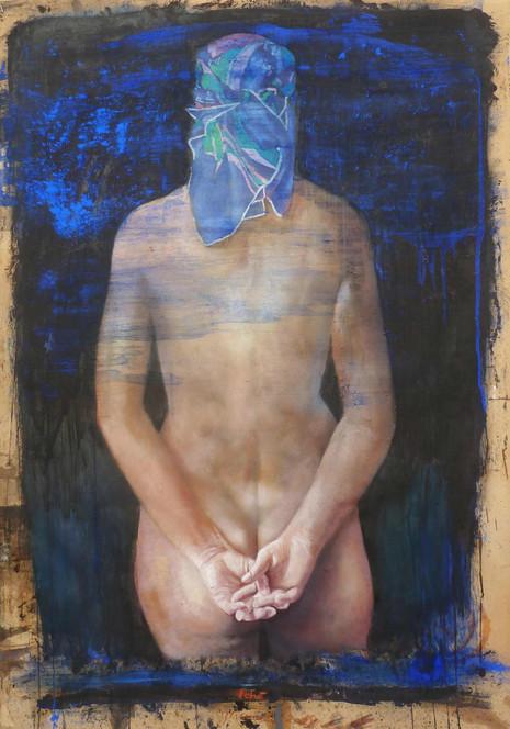 figura con foulard