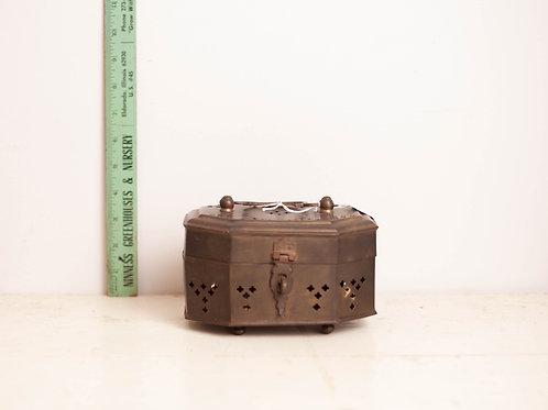 Vtg Brass Cricket Box