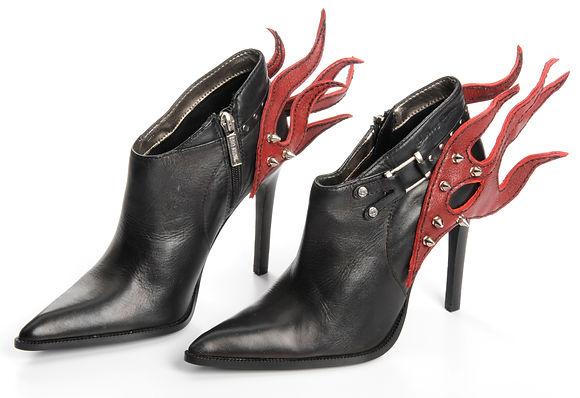 MDA_footwear_2e.jpg