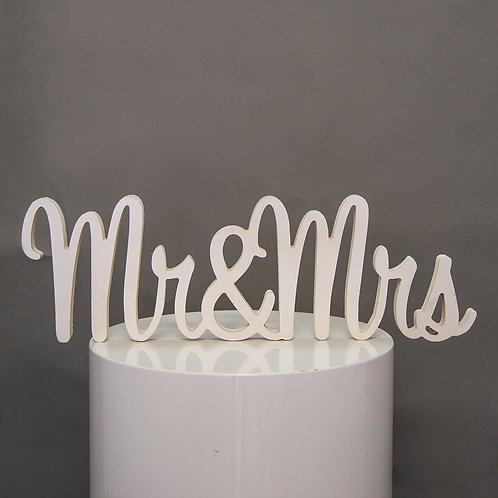 Mr & Mrs - wooden table sign