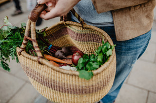 How to shop plastic free