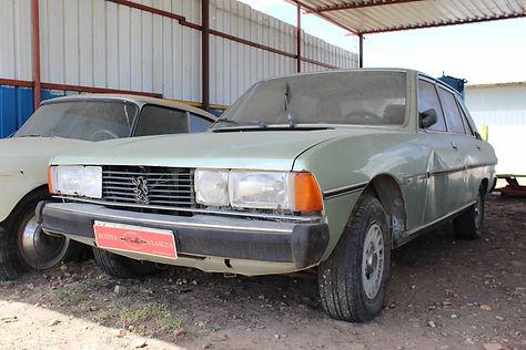 Peugeot 604.jpg