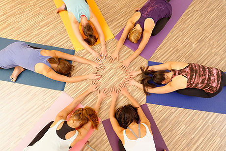 yogini-de-lumiere-cercle-de-femmes.jpg