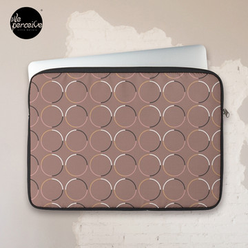 Zipped laptop sleeve     Foam padding and polyester cover protects from scratches and minor impacts     High quality print on front, with black back     Black edging, black zip, and black plush padding inside     Easy clean with a damp cloth