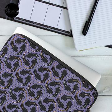 WE LOVE M.C. ESCHER style - Axolotl symmetrical pattern Laptop Sleeve