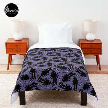 WE LOVE M.C. ESCHER style - Axolotl symmetrical pattern Comforter