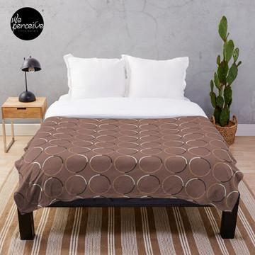Minimal Circle Pattern in Mocha Throw Blanket