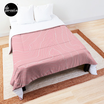 Psychology Things SPECIAL PINK Edition - Maslow's HIERARCHY of NEEDS Comforter
