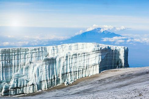 kili ice cap_183059354.jpg