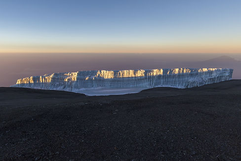 mount kili ice cap_285996236.jpg