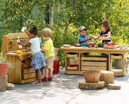 Comm-Play-Mud-kitchen-495x400.jpg