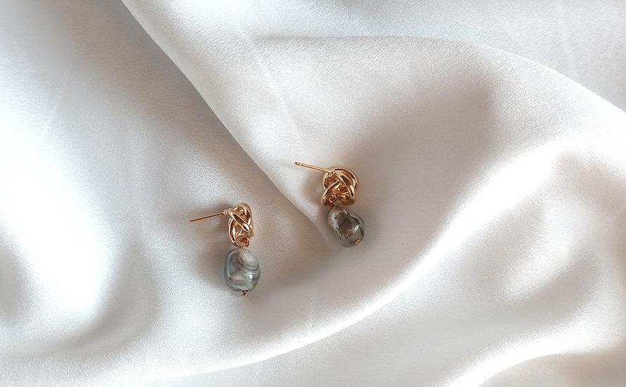 Falling Earrings