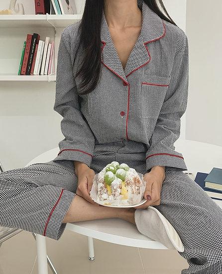 Check pajama set
