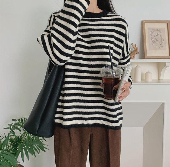 Neat sweater
