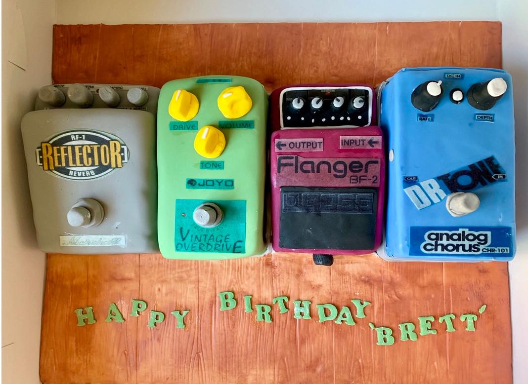 Loop pedal cake.jpg