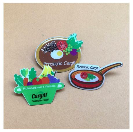 Fundação Cargill pins