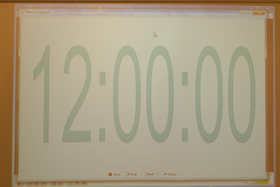 21:00 UHR – HALBZEIT