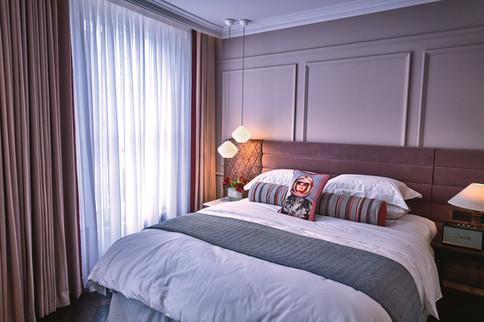 lostpoet-salon-bedroom