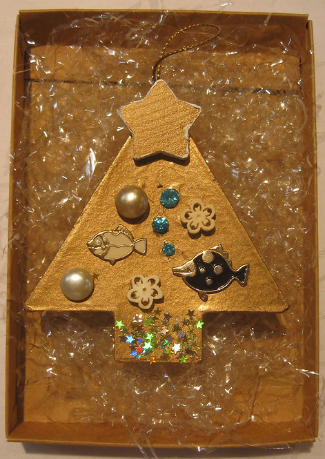 Christmas Tree Ornament - Retro with Fish, Pearls and Crystals