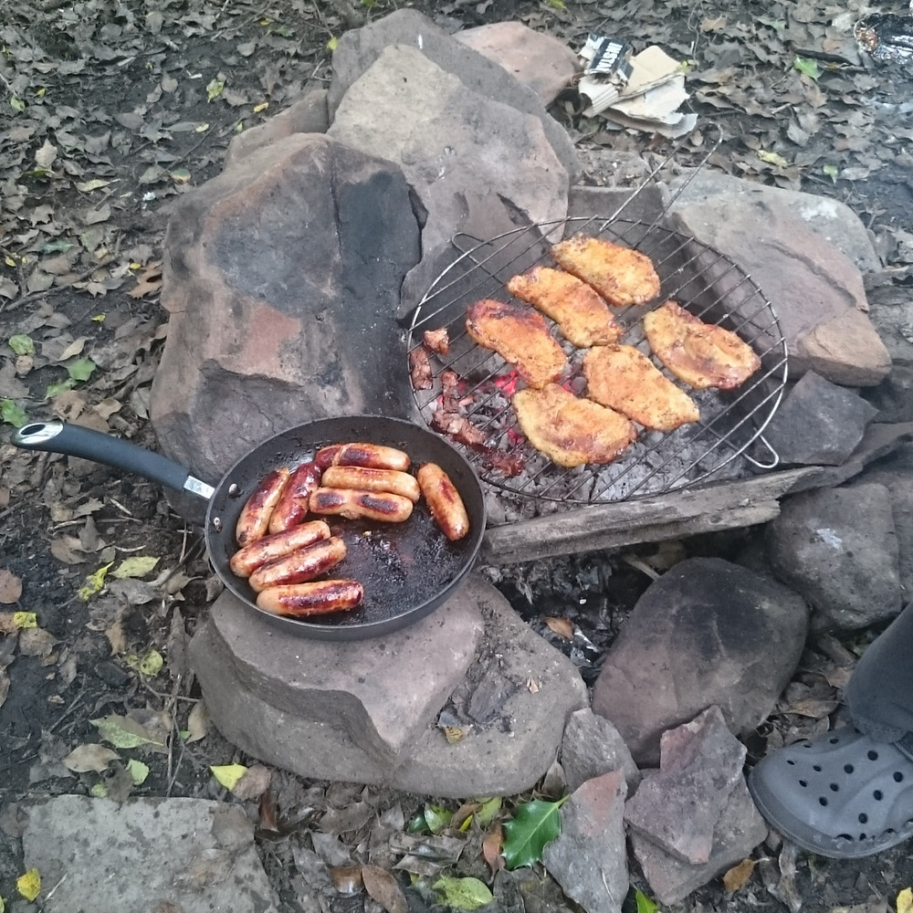 Campfire cooking, Distance hikers food. Adventure Accessories