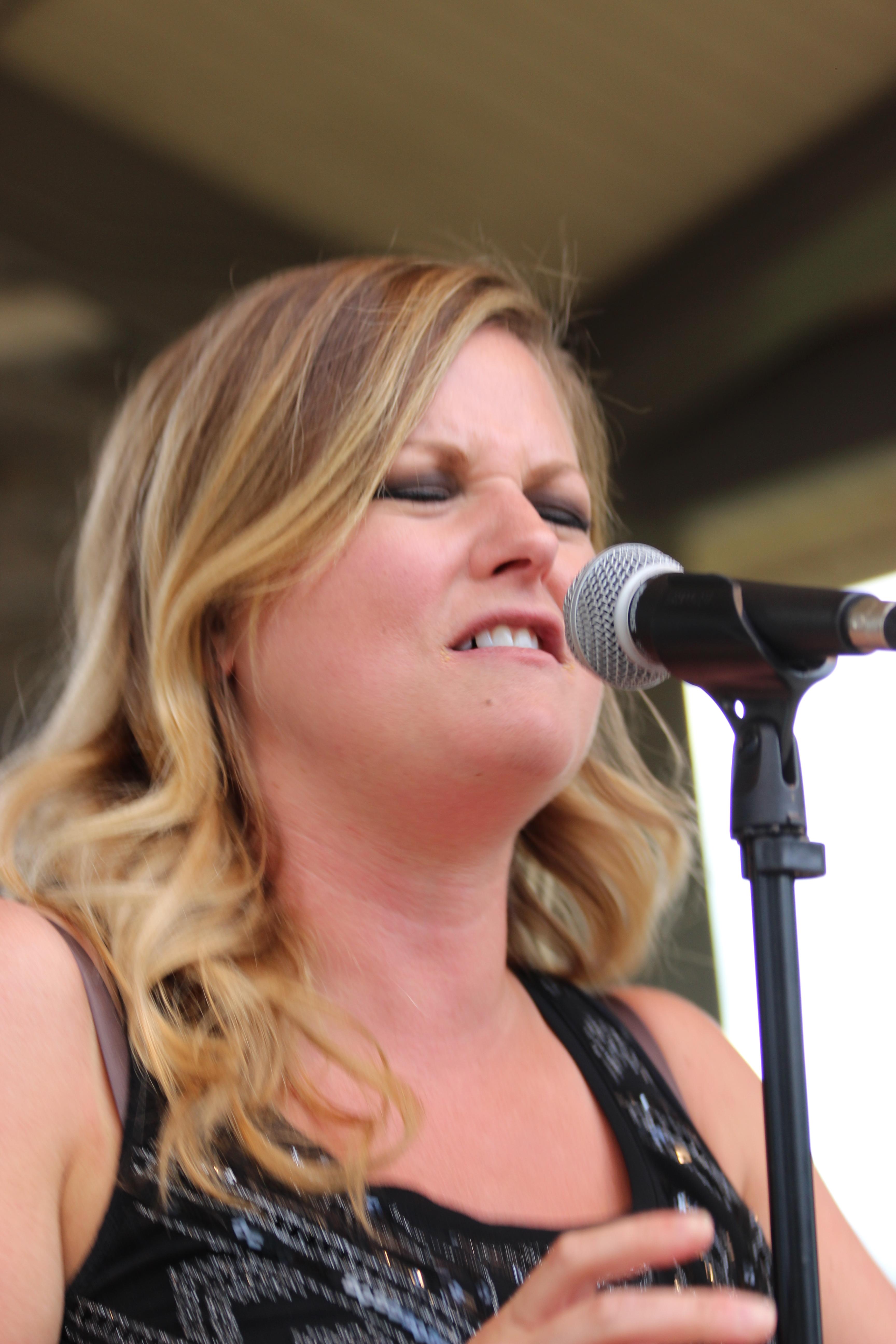 Kelly Carey Concert (3)