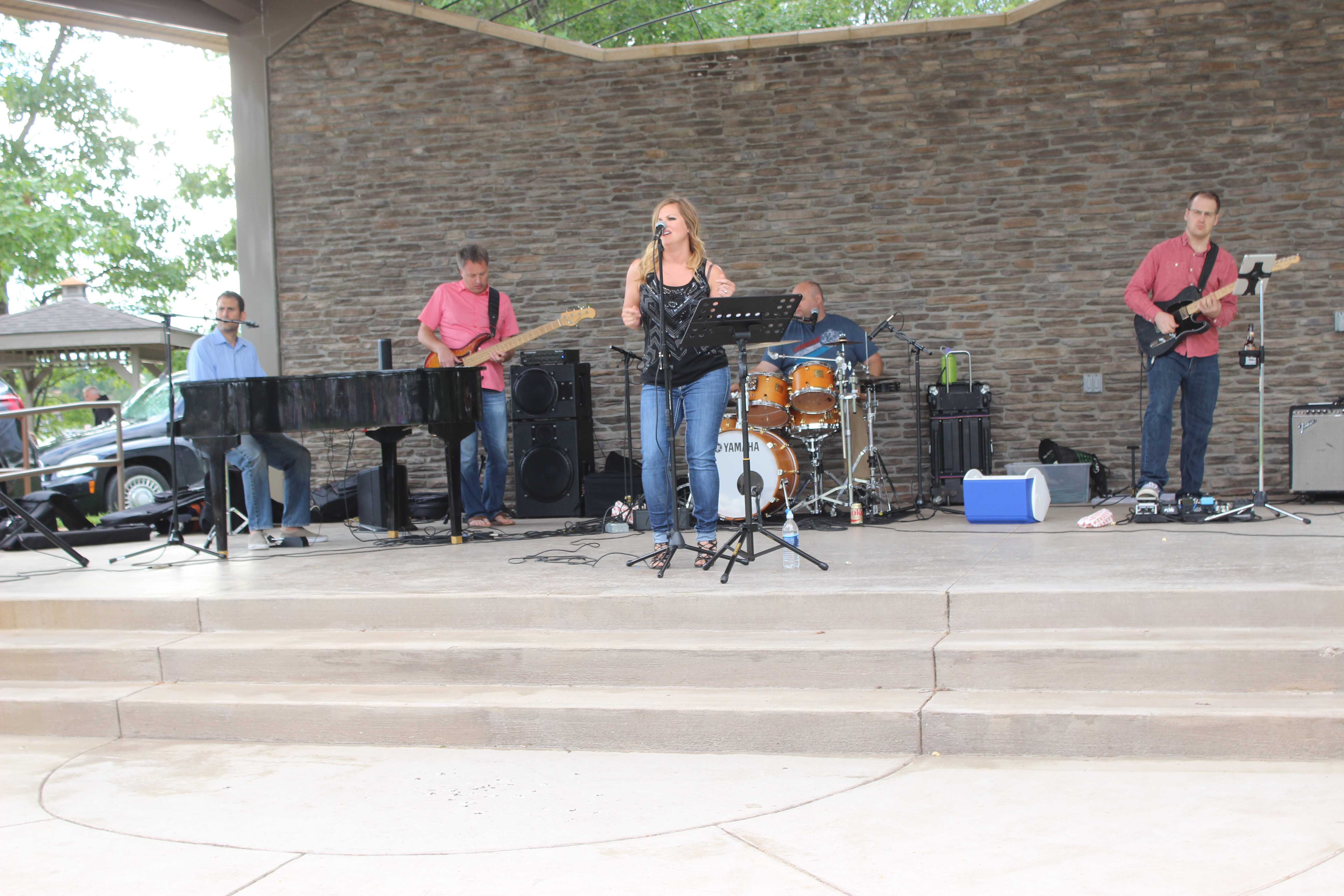 Kelly Carey Concert (47)