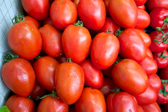 Tomate pera. k.g