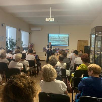 Столицу российской провинции и малых городов Урюпинск посетил с рабочим визитом в июле Бабичев И.В.