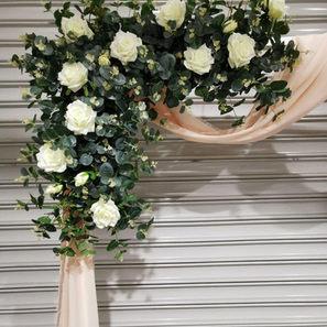 JCRAFTYOUREVENTS_Faux Floral Closeup.jpg