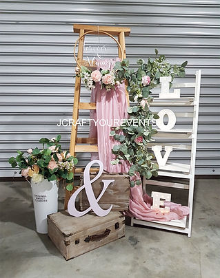 DIY Bundle Rental Ladder Deco