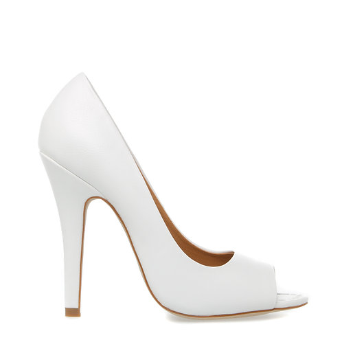 peep-toe pump